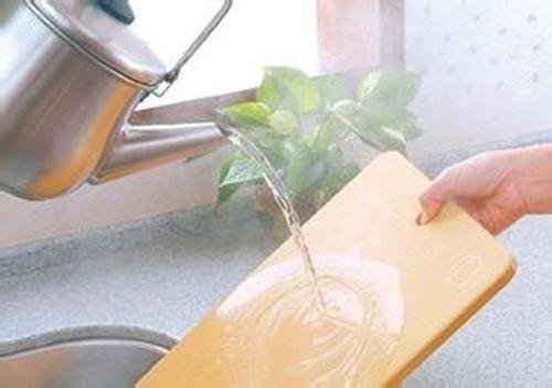 洗好碗盘不如把它清洁干净